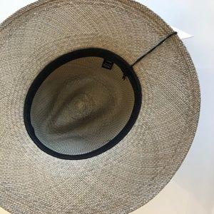 51430694 Janessa Leone Accessories - NEW Janessa Leone Angelica Wide Brimmed Panama  Hat